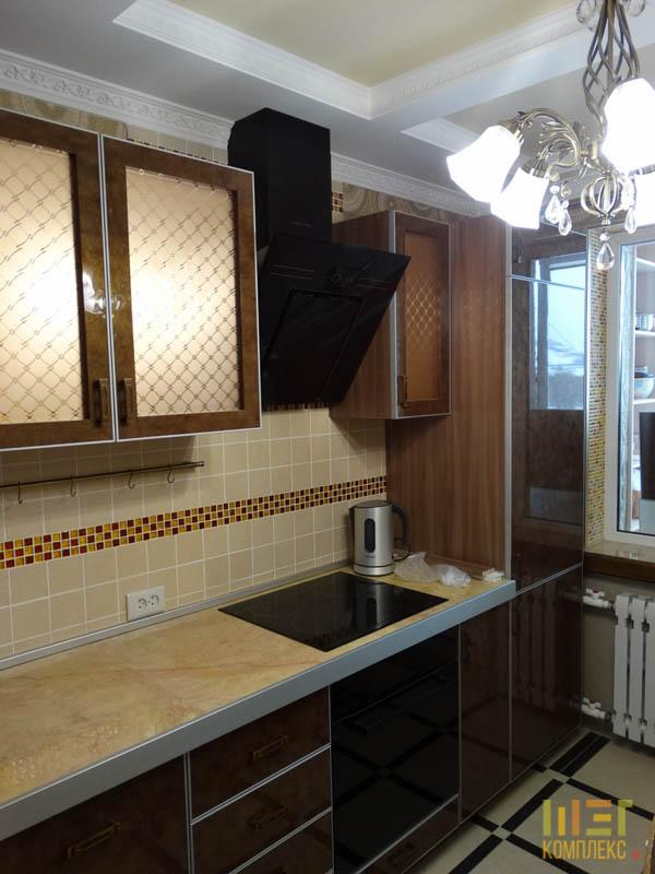 кухня с терракотовой плиткой