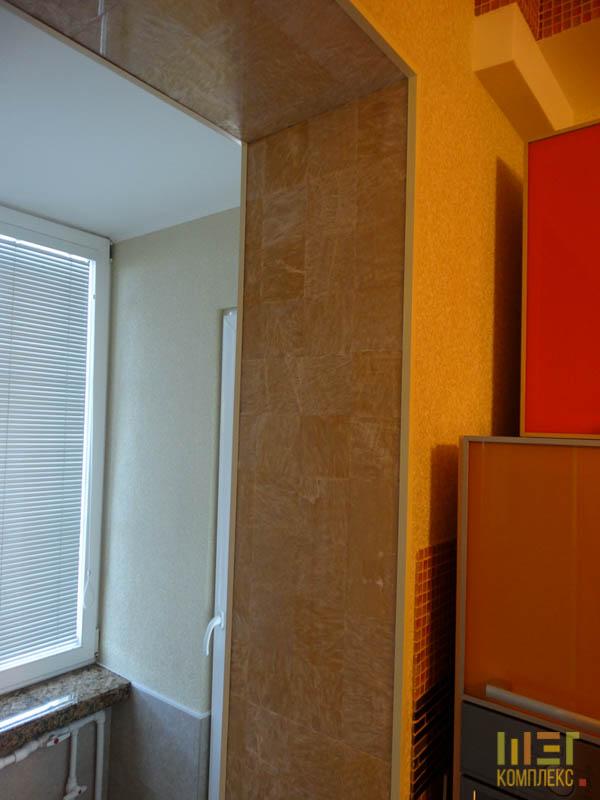 стена между кухней и балконом